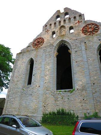 St. Nicolai Ruin: 外観 正面から
