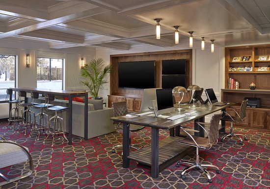 Four Points by Sheraton Mall of America Minneapolis Airport: Media Room