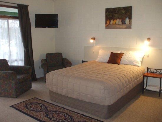 Masterton, Neuseeland: 1 bedroom suite, all amenities, overlooks garden and pool