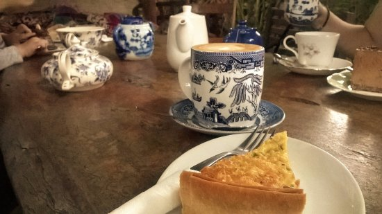 The Blue and White Teapot Cafe: Coffee and quiche