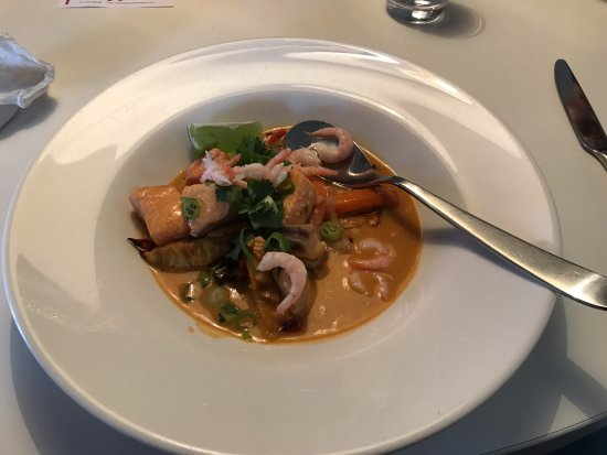 Mellbygatans ost & delikatesser: My lunch of Seafood Stew