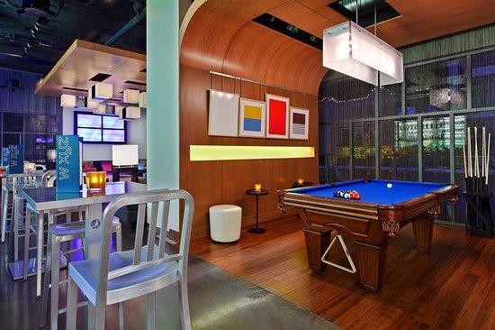 Aloft Asheville Downtown: Re:mix(SM) lounge