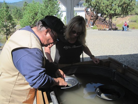 Sumpter Valley Dredge: Panning for gold