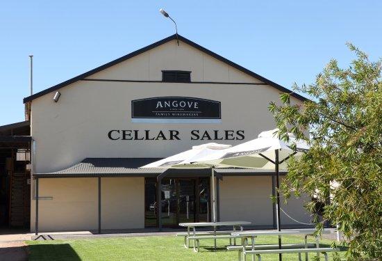 Renmark, Australia: Angove and St Agnes Distillery Cellar Door
