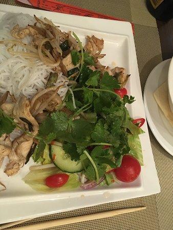 Planegg, Germany: Halong Bay hat super leckeres vietnamesisches und thailändisches Essen. Besonders empfehlenswert