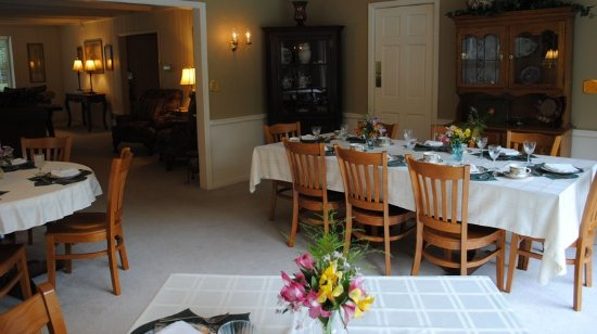 Newton, NJ: Dining Room