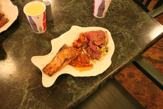 Neat fish shaped dinner plates - Picture of Pioneer Park Fairbanks - TripAdvisor & Neat fish shaped dinner plates - Picture of Pioneer Park Fairbanks ...