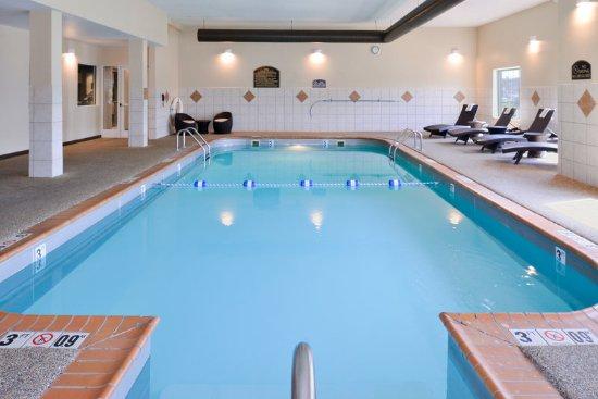 Poplar Bluff, MO: Swimming Pool
