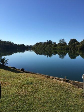 Bellingen, Australia: Early morning reflections