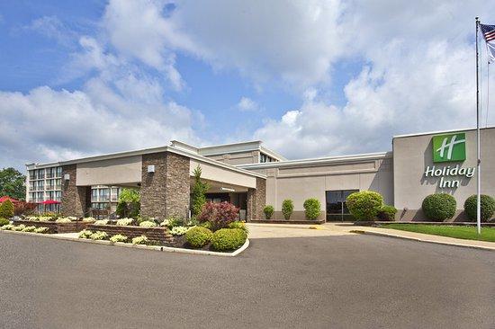 Holiday Inn Akron-Fairlawn: Hotel Exterior