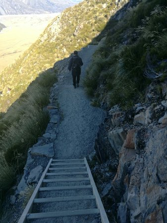 Aoraki Mount Cook National Park (Te Wahipounamu), Νέα Ζηλανδία: 在路上的梯級