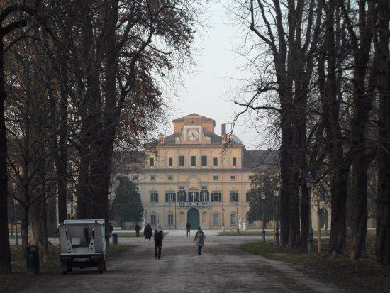 Parco Ducale: El Edificio del Palacio Ducal