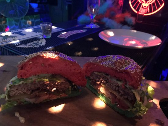 La Possession, Reunion Island: Le Burger du coup de Bol