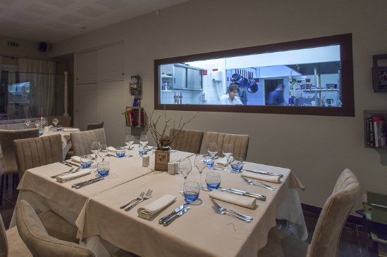 Cuisine Ouverte Picture Of La Toque Rose Malafretaz Tripadvisor