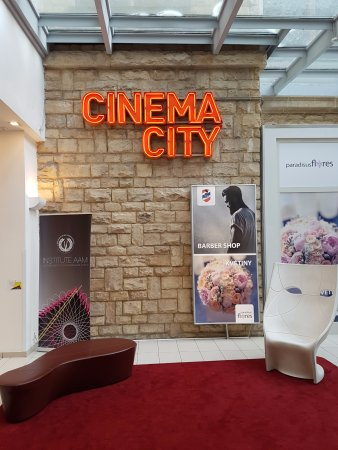 ‪Cinema City‬