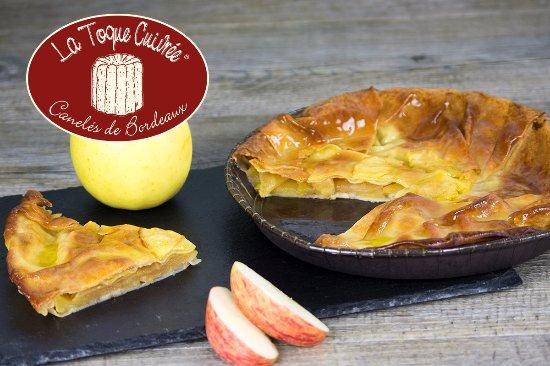Le Bouscat, France:  Tourtière aux pommes de La Toque Cuivrée