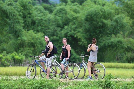 Mai Chau, เวียดนาม: Biking Tour