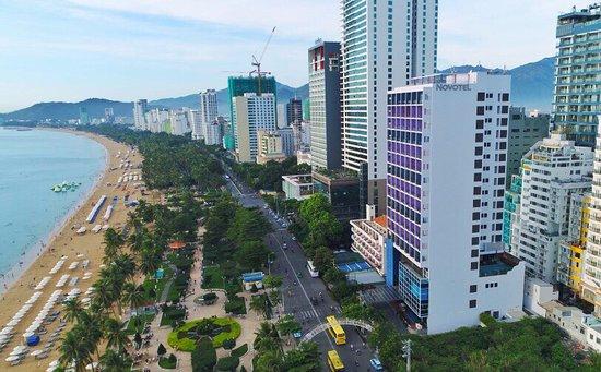 Novotel Nha Trang: Hotel building