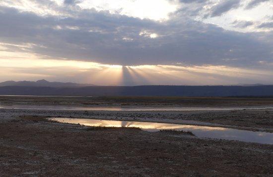 Lake Manyara National Park, Tanzania: coucher de soleil au lac manyara