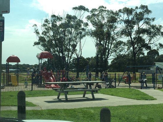 Guide Park Playground