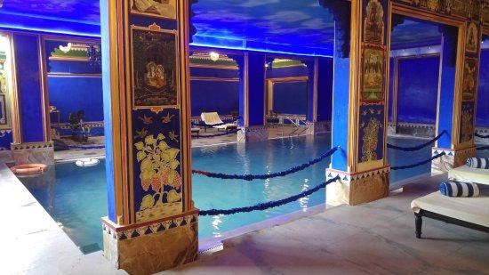 Chunda Palace Hotel: Indoor Swimming Pool