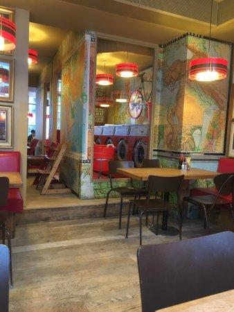 Laundromat Cafe: photo0.jpg