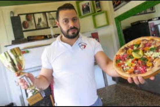 Prevessin Moens, Francia: Street pizza