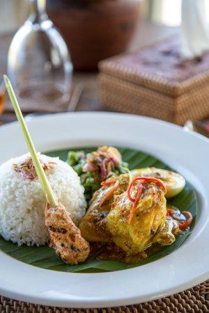 Munduk, Indonesia: Nasi Ayam Betutu