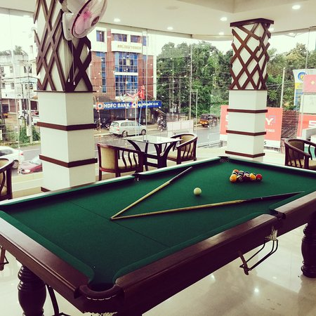 Changanacherry, India: Pool table