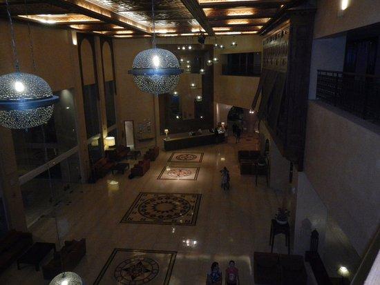 Iberostar Royal El Mansour : вечерняя подсветка рецепции