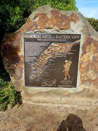 Lorne, Australia: Great Ocean Road Memorial Archway