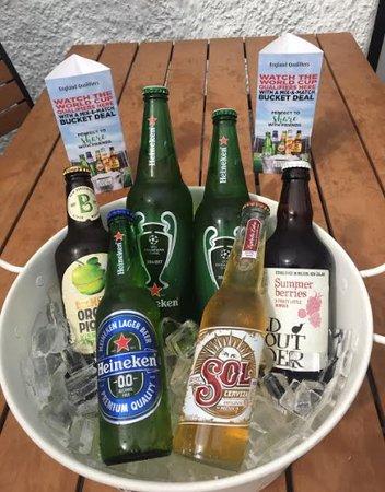 Crook, UK: Beer Bucket