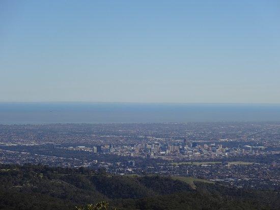 Adelaide Hills, Australia: 展望台からの眺め
