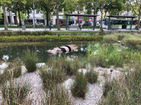 La Roche-sur-Yon, France: Bestiaire de la Roche sur Yon : hippopotame