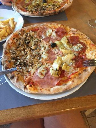 Tar, Kroatië: Delicious food.