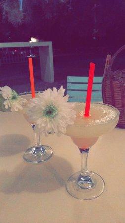 Picasso: Repas délicieux. Best cocktail ever !