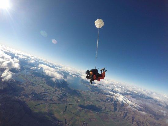 Skydive Wanaka: Look ma, no hands!
