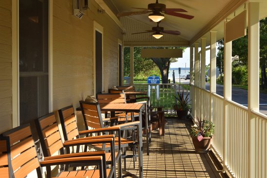 South Jamesport, NY: wrap around porch with water views