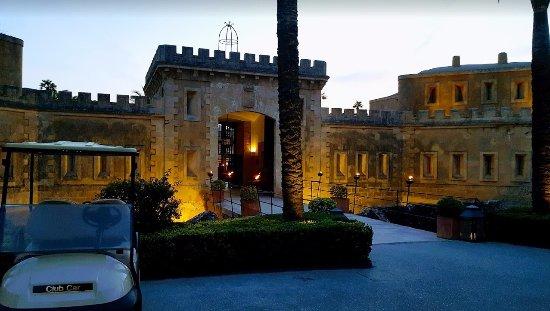 Cala Blava, Spanien: Fachada principal