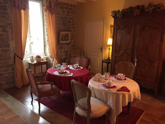 Vandenesse-en-Auxois, France: Breakfast
