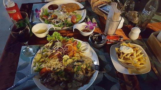 DiDiNE restaurant Cha-Am : Tenderloin and Cordon Bleu