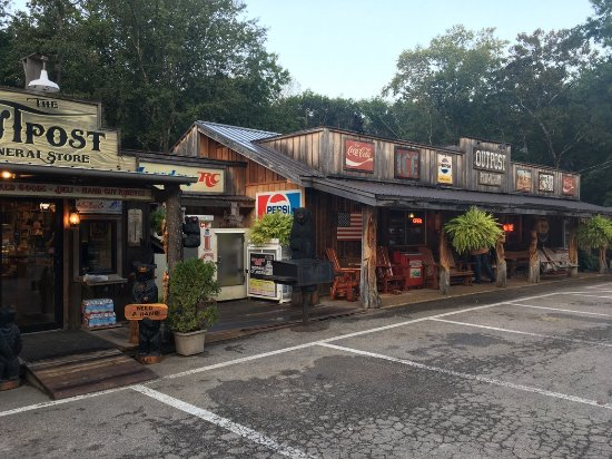 The Outpost Pickwick Dam: The General Store is located on the left and the restaurant is located on the right.