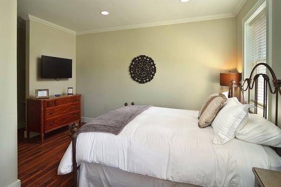 South Jamesport, NY: Riverhead Room