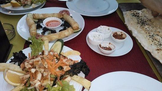 Villa Dream Restaurant: Chicken salad and very tasty cheese rolls