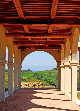 Castagnole Lanze, Italia: under the lodges
