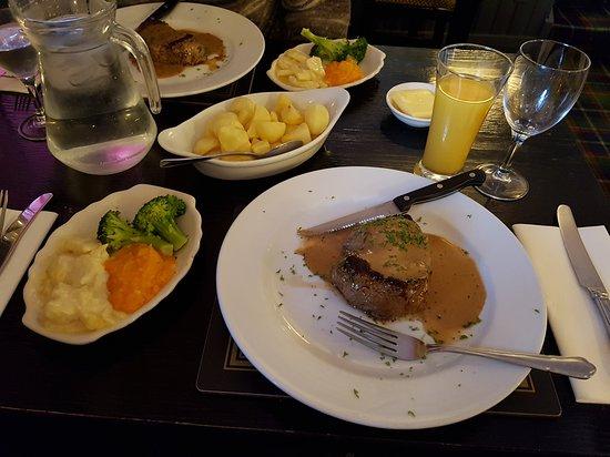Finin's Restaurant: 20170918_191939_large.jpg