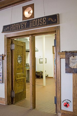 Welcome to the historic Belen Harvey House Museum!