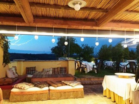 Ristorante Brancaleone: il giardino in terrazza...magnifica atmosfera !