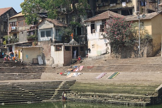 Banganga : Small houses
