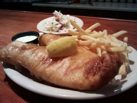 Fairport, Νέα Υόρκη: Beer Battered Cod  in McArdle's Ale batter